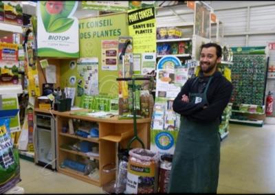 Jardineries : la charte « Jardiner au naturel, ça coule de source ! »